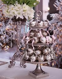 christmas ornament favors 5 unique wedding favors guests will unique wedding favors