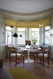 Round Table Bay Window Dining Room Ideas  Decorating Design - Dining room with bay window