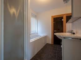 badezimmer mit sauna und whirlpool ideen kleines badezimmer mit sauna und whirlpool baden im luxus