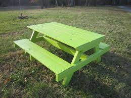 Picnic Table Plans Free Online by Best 25 Pallet Picnic Tables Ideas On Pinterest Picnic Tables