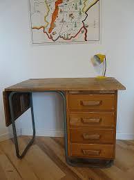 bureau à l ancienne bureau ancien dessus cuir ancienne table basse en chªne 2