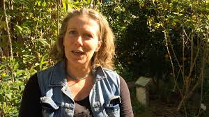 how make self watering pots morag gamble our permaculture our permaculture life sunshine coast edible oasis morag gamble