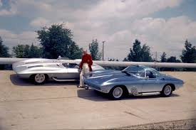 what year was the split window corvette made three things to about the split window corvette