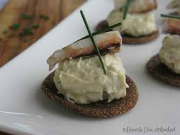 crab canapes crab dip canapés with quinoa tostadas domestic unleashed