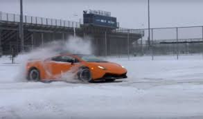 how much horsepower does a lamborghini aventador 1 500 hp tt lamborghini gallardo doing donuts