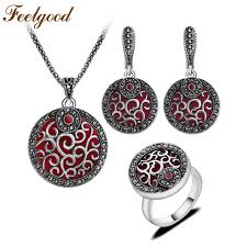 antique necklace set images Feelgood jewellery red resin and black crystal round pendant jpg