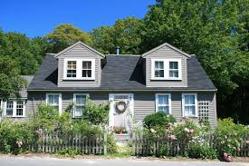 yellow house beautiful landscaping cute houses pinterest house