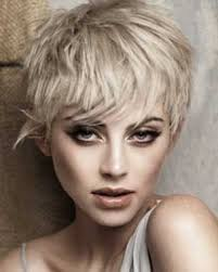 ways to wear your hair growing out a pixie the bloomin couch trend alert boy cuts and other short hairstyles