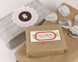 recyclable wrapping paper use alternative materials for gift wrapping paper cut fewer