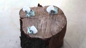 Tree Stump Side Table How To Make A Tree Stump Side Table