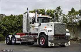 mack trucks another trusty superliner custom jiggers pinterest mack