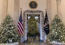 photos of homes decorated for christmas photos melania trump chooses classic christmas decor for white
