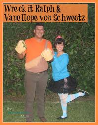Wreck Ralph Halloween Costumes Couples Halloween Costume Ideas Exhausted Mom
