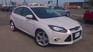 ford focus se 2014 review 2013 ford focus titanium start up walkaround and vehicle tour