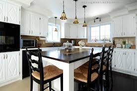 teindre armoire de cuisine peinturer armoire de cuisine en bois des armoires 5 lzzy co