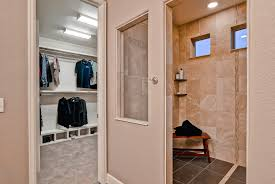 spa shower u0026 walk in closet the telluride by oakwood homes my
