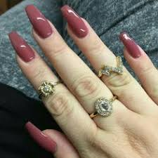 dark red manicures to wear at the office nail art pinterest