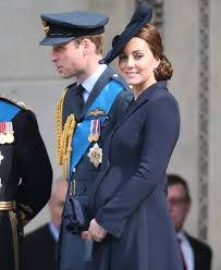 duchess kate william u0026 carole plan to spend the whole summer at