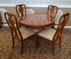 drexel heritage dining room chairs 1990s carleton oak drexel heritage queen anne round dining room