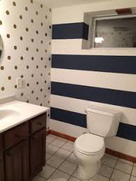 Striped Bathroom Walls What Do Your Wall Stripes Say About You Striped Walls Black