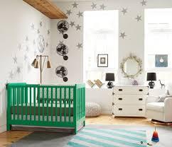 chambre enfant verte chambre enfant chambre bebe fille lit vert design nordique