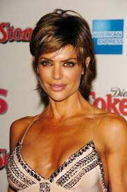 lisa rinna weight off middle section hair lisa rinna with blonde highlight hair style beauty pinterest