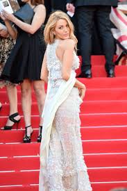 Wedding Roll Out Carpet Is Blake Lively Back According To The Red Carpet Yes Vanity Fair