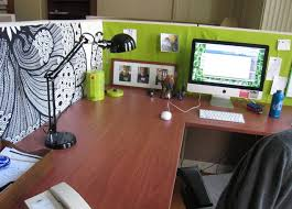 Desktop Decorations Nice Cubicle Desk Decorations House Design And Office Cubicle
