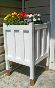 Planter With Legs by Home Heart And Hands Diy Front Porch Planter With Gold Dipped Legs