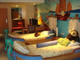 Pirate Themed Kids Room by Family Suite Pirate Themed Kids Room Picture Of Holiday Inn