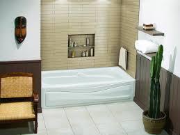 Small Bathroom Bathtub Ideas Best 25 Small Bathroom Bathtub Ideas Only On Pinterest Flooring