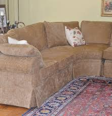 Henredon Sectional Sofa Classy And Comfy Henredon Three Piece Sectional Sofa Ebth