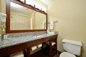 Comfort Suites Coralville Ia Comfort Inn U0026 Suites Coralville Ia Booking Com