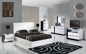 Modern White Bedroom Furniture Bedroom Design Ideas - Modern white leather bedroom set