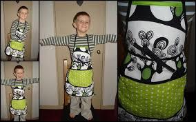 coudre un tablier de cuisine couture de tablier pour enfant au fil des coutures