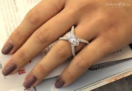 gabriel and co engagement rings cara 18k white gold 3 stones engagement ring er13677r6w84jj