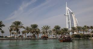 Arab Hd by Ultra Hd 4k Burj Al Arab Madinat Jumeirah Water Dubai People Boat