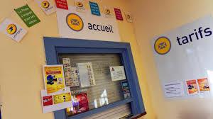 la poste bureaux fermeture de bureaux ça ne passe pas comme une lettre à la poste