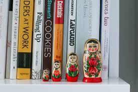 5 tips for styling bookshelves pretty u0026 fun