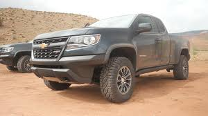 likes the rocks 2017 chevrolet colorado zr2 first drive autoblog