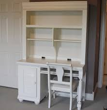 Student Computer Desk With Hutch by Broyhill Student Desk And Hutch Ebth