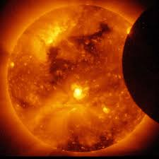 Does Looking At An Eclipse Blind You Can A Solar Eclipse Blind You These Men Are Warning Of Dangers
