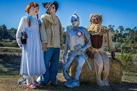 Moonstone Cottages Cambria Ca by Cambria Scarecrows Celebrate The Cambria Scarecrow Festival