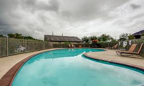 Apartments Near Houston Tx 77047 The Bellfort The Bellfort Upscale Apartment Living Near Hobby