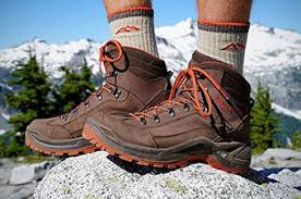 hiking boots s canada reviews best hiking boots of 2017 switchback travel