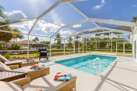 Tiki Hut Cape Coral Fl I Rent Florida Homes Cape Coral Fort Meyers U0026 Sanibel Island Fl
