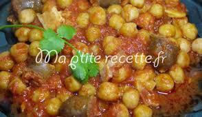 cuisiner pois chiches pois chiches aux merguez recette plat pois chiches et saucisse