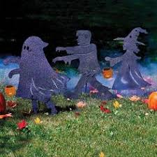 Peanuts Outdoor Halloween Decorations by Celebrate The 50th Anniversary Of