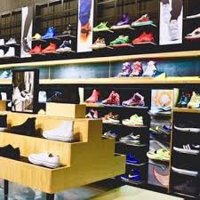 footaction usa miracle mile shoe stores 3663 las vegas blvd s