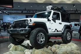 jeep wrangler commando 2019 jeep wrangler lands with new hybrid engine and big tech boost